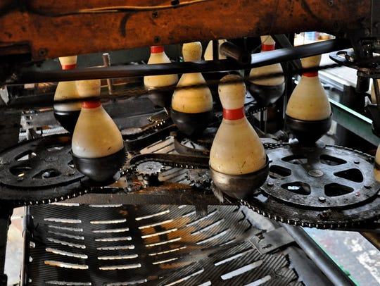 The inner workings of the Sherman pinsetter — a marvel