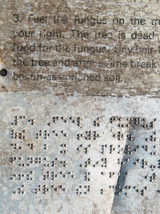 YDR-102416-pmk-braille