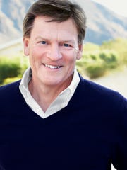 Author Michael Lewis.