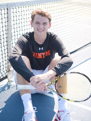 West De Pere senior Harry Dykema enters state with 31 wins.