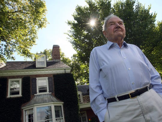 David Rockefeller stood in front of his residence at 180 Bedford Road on Pocantico Hills in 2008. The house is part of the $22 million estate package that is up for sale.