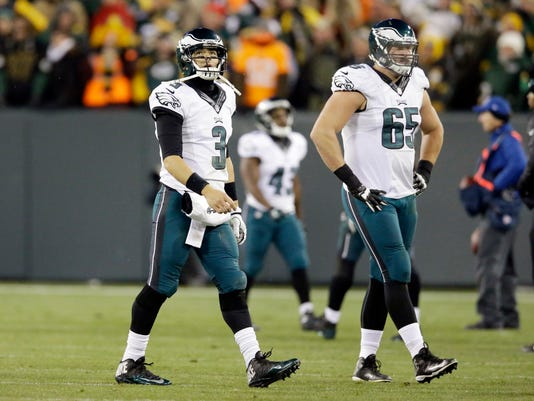 Eagles Packers Football (2)