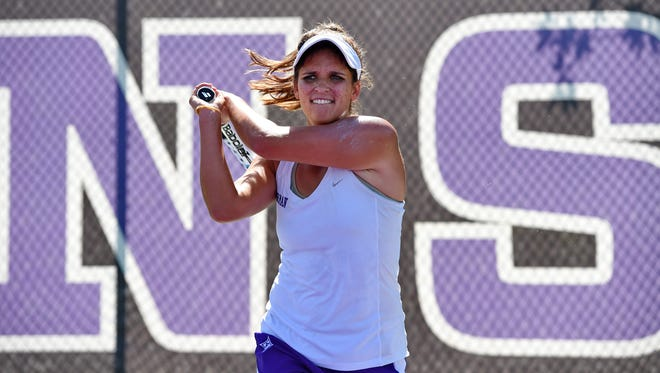Furman's Ansley Speaks practices tennis Tuesday.