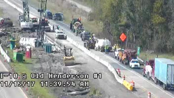 This camera footage shows recovery operations on I-10 near Henderson.