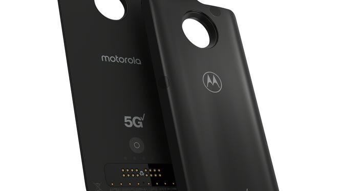 This 5G Moto Mod promises to turn Motorola's Z3 smartphone into a 5G-capable phone.