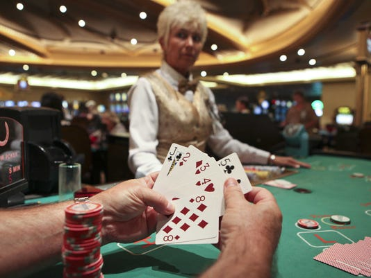 PAI GOW POKER AT THE HORSESHOE CASINO