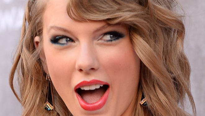 Taylor Swift has been spied book shopping in Manhattan.
