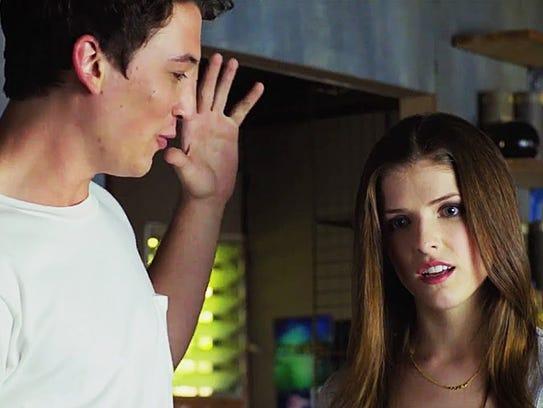 Miles Teller and Anna Kendrick are young, in love and