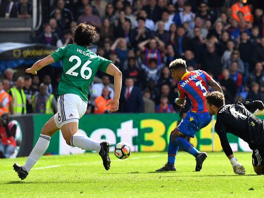 Britain_Soccer_Premier_League_97855.jpg