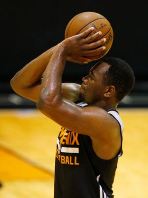 Former Laveen Betty Fairfax High and Pepperdine forward Stacy Davis takes a shot during the Phoenix Suns Draft Workout in Phoenix, Ariz., on Monday, May 23, 2016.