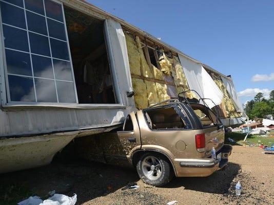 -TCL tornado wed 04.jpg_20140430.jpg