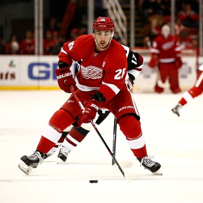 Detroit Red Wings trade Tomas Jurco to Chicago for 3rd-round pick