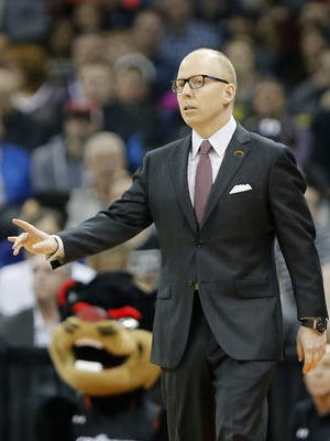 Coach Mick Cronin and the Cincinnati Bearcats learned Tuesday who they will play in the 2016-17 AAC portion of the basketball schedule.