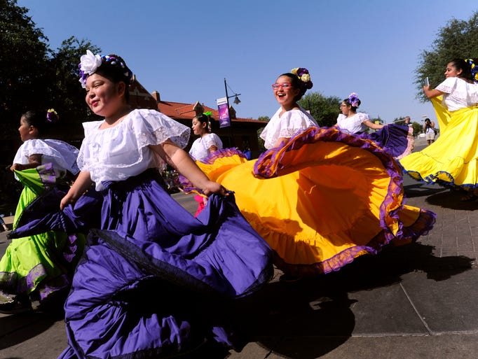 Young dancers from Ballet Folklorico del Big Country: