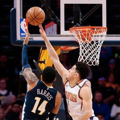 Jan 19, 2018; Denver, CO, USA; Phoenix Suns guard Devin