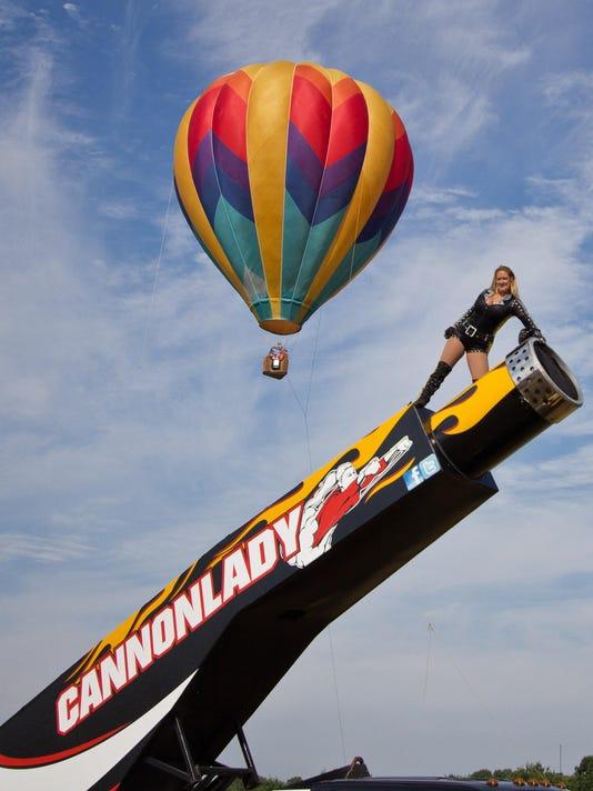 balloon photo cannon lady balloon