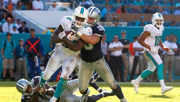 Nov 22, 2015; Miami Gardens, FL, USA; Dallas Cowboys