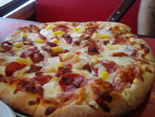 Sharky's 12-inchpie with pepperoni, pineapple and