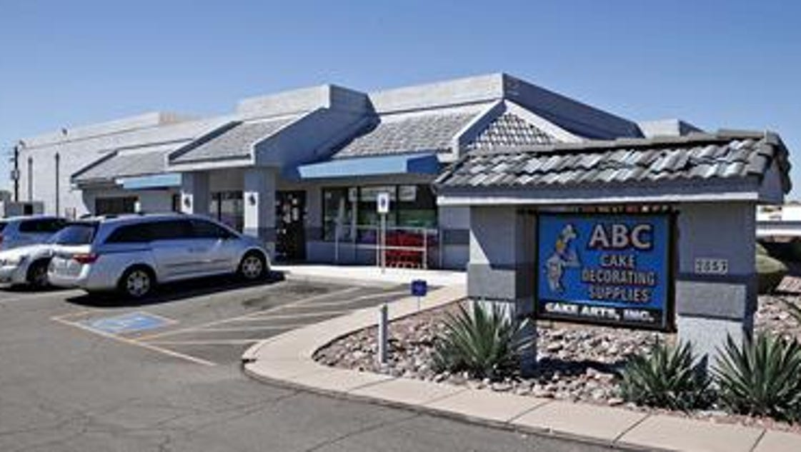 Phoenix cake decorating store just keeps growing for Abc cake decoration