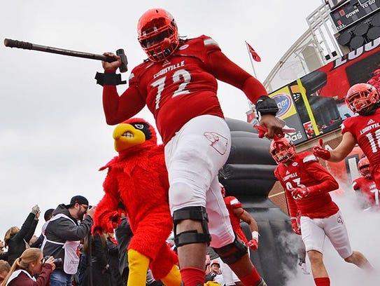 Louisville Cardinals offensive lineman Lukayus McNeil