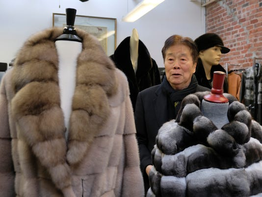 Los Angeles bans fur clothing