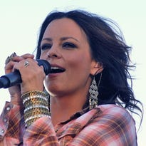 Country act Sara Evans to perform in Des Moines this December