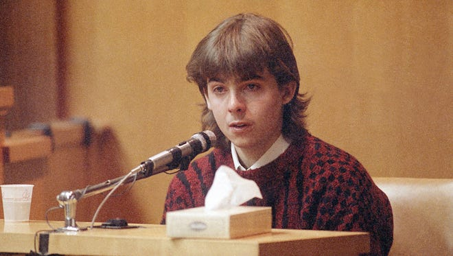 William Flynn testifies  March 13, 1991, in court in Exeter, N.H., on how he shot Gregory Smart in the head and killed him.