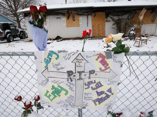 -memorial sturgel 3.jpg_20090126.jpg