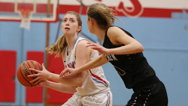 South Salem's Morgan Winder and the Saxons defeat West Salem 54-36 in the second round of the OSAA Class 6A state playoffs on Saturday, March 4, 2017, at South Salem High School.
