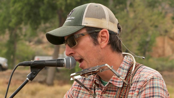 Jason Tyler Burton will perform two gigs in Springdale