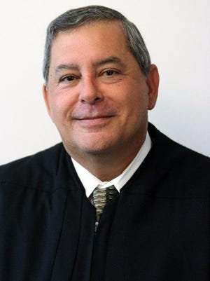 The Tallahassee Bar Association awarded the inaugural Lifetime Professional Award to Second Judicial Circuit Judge Charles A. Francis.