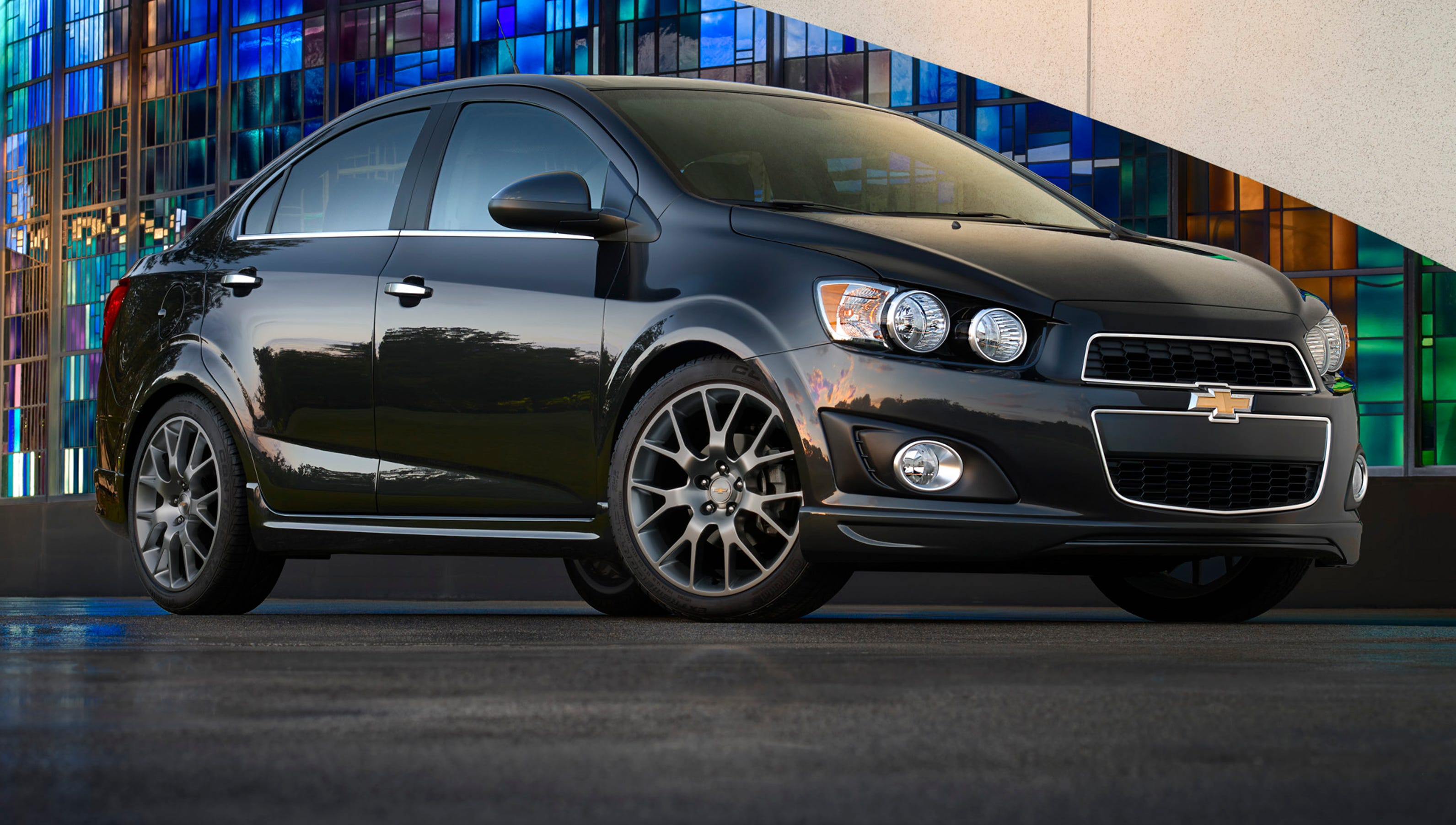 2014 chevy sonic autos weblog. Black Bedroom Furniture Sets. Home Design Ideas