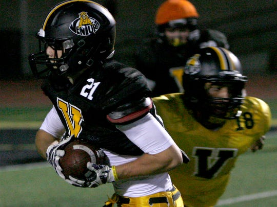 Ventura High running back Broc Mortensen was named to the all-Channel League football first team.