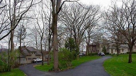 The Stonecote Sudbury School had been planned at this property at 1005 Alta Vista Road, off Lexington Road near Cherokee Park.