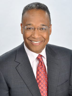 Clyde Gray is leaving WCPO-TV.