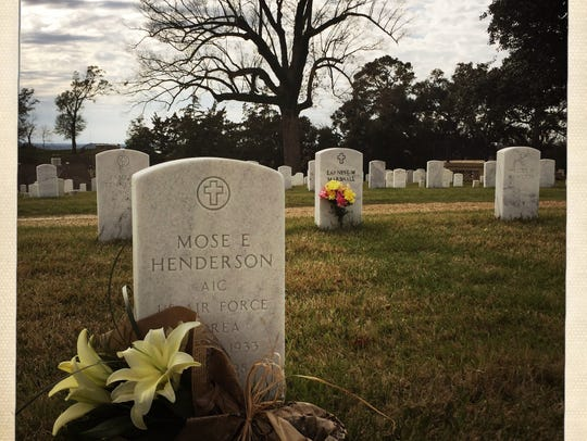 The grave of Mose Henderson at the national cemetery