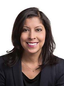 Helen Ubinas, Columnist