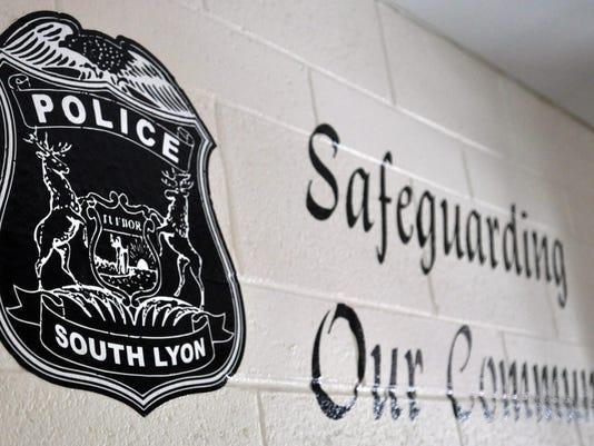 04 slh city cops 0122