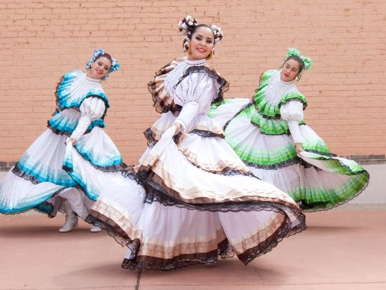 Ballet Folklorico of El Paso make perform during the