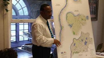 MSD Executive Director Tony Parrott discussed the Shawnee Park basin project with western Louisville residents in 2015.