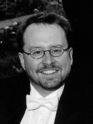Douglas Schneider will perform an organ concert at 4 p.m. Sunday, Jan. 3, at St. Paul's Episcopal Church.