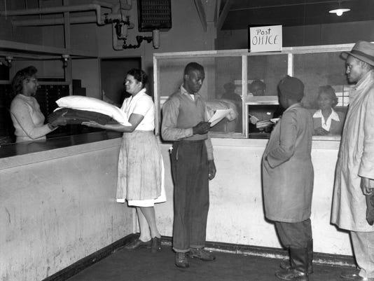 African-American-Post-Office-1940s.jpg