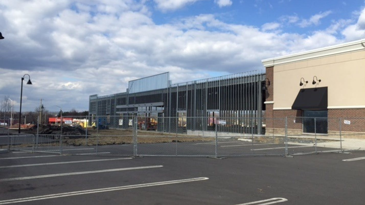 nordstrom rack under construction in eatontown