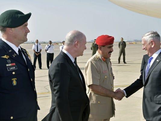 Jim Mattis,Saleh bin Ahmed al-Hinai