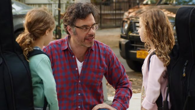 """Jemaine Clement plays Will, a man navigating the rocky waters of a divorce in """"People Places Things."""""""