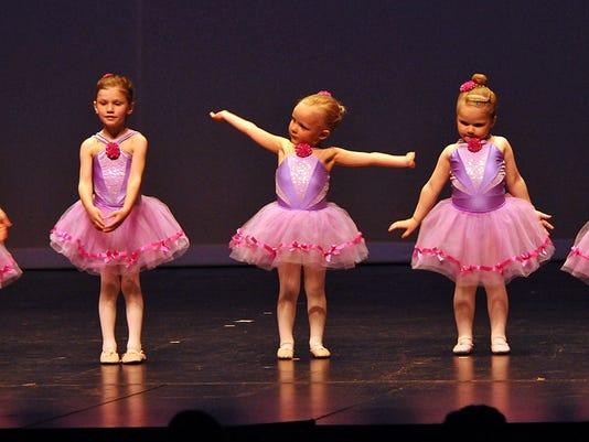 -DCN 0506 ymca dance recnital 4.jpg_20150504.jpg