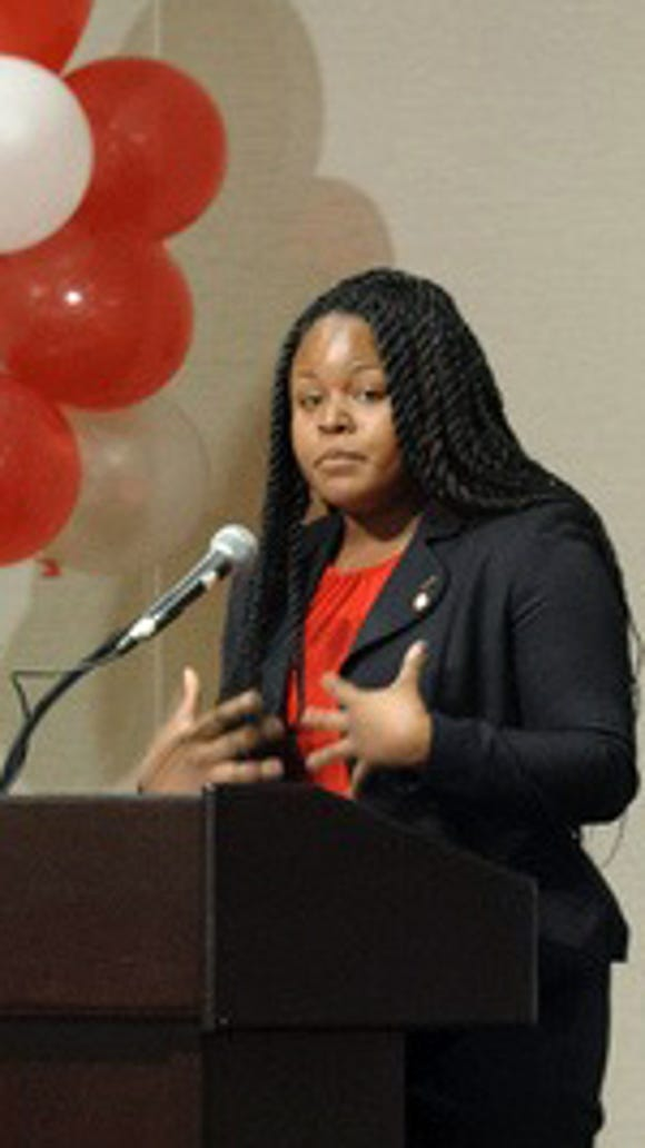 Olivia Sedwick speaks at the Chancellor's Champagne Brunch at