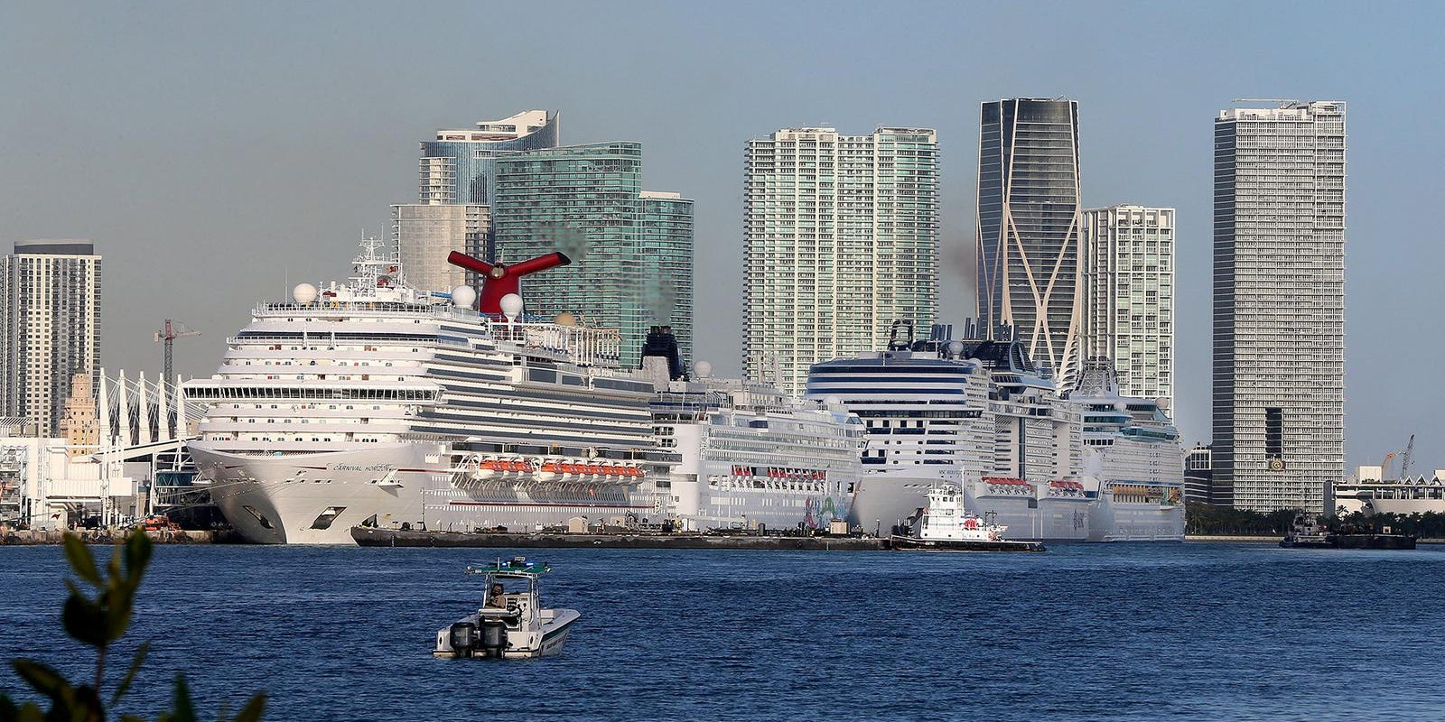 CDC raises warning against cruise travel to highest level, strengthens international flight guidelines