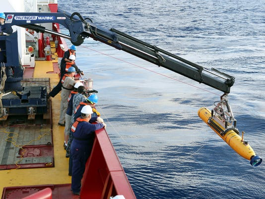 Sub starts 2nd mission in search for MH370