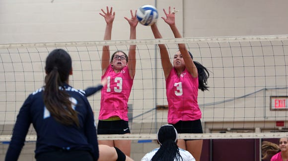 Scarsdale swept Ursuline, 25-20, 25-16, and 25-23 in